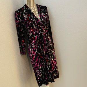 New York & Company stretch blk/prple pattern dress